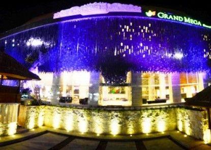 Grand Mega Resort & Spa Bali Eksterior