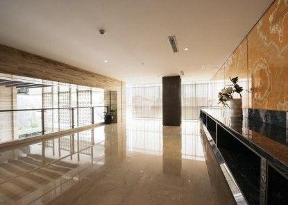 Grand Ambarrukmo Lounge