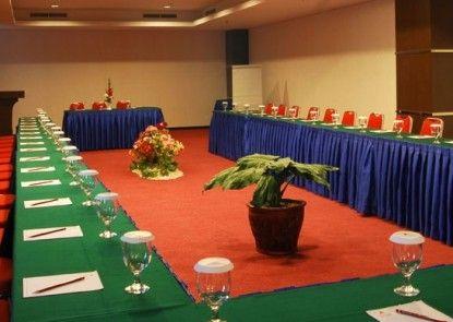 Grand Antares Hotel Medan Ruangan Meeting
