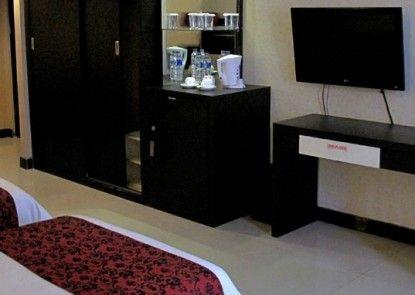 Grand Antares Hotel Medan Kamar Tamu