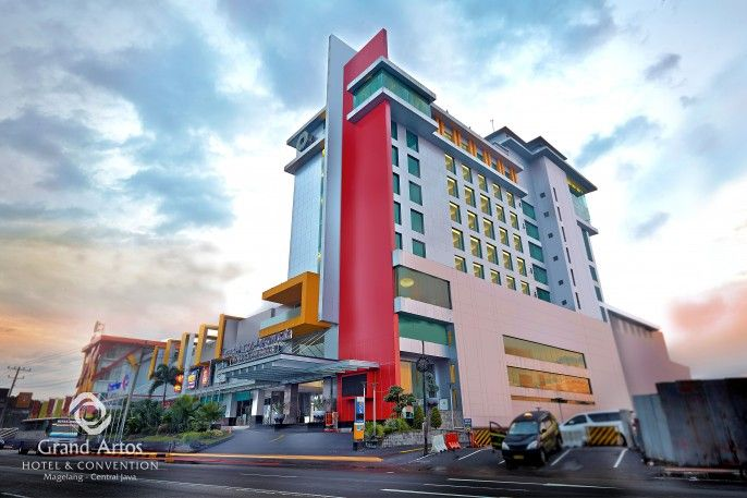Grand Artos Hotel and Convention Magelang, Magelang