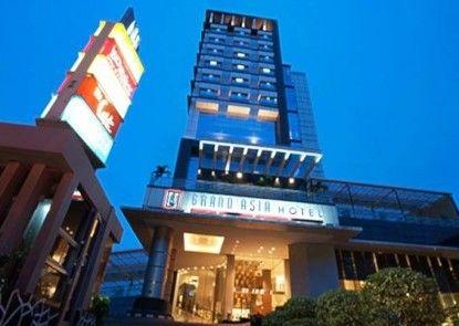 Grand Asia Hotel Teras