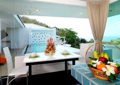 Grand Bleu Ocean View Pool Suite