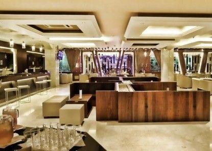 Grand Delta Hotel Medan Interior