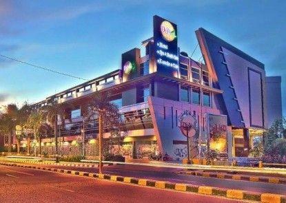 Grand Delta Hotel Medan Eksterior