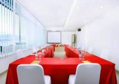 Grand Duta Palu Ruangan Meeting
