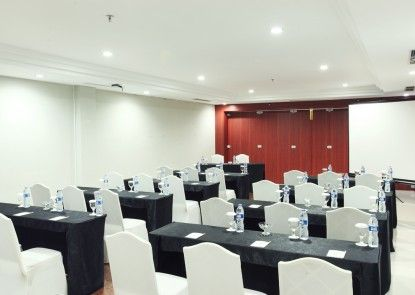 Grand Hatika Hotel Ruangan Meeting
