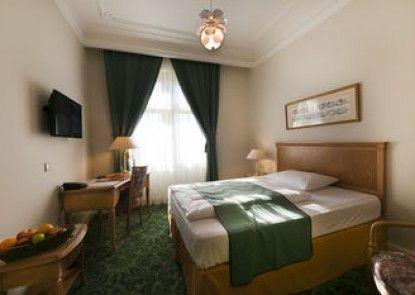 Grandhotel AMBASSADOR - Národní Dum