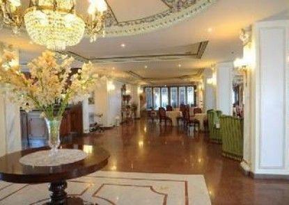 Grand Hotel Aljope