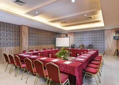 Grand Impression Hotel Medan Ruangan Meeting