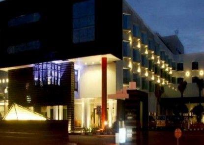 Grandkemang Hotel Eksterior