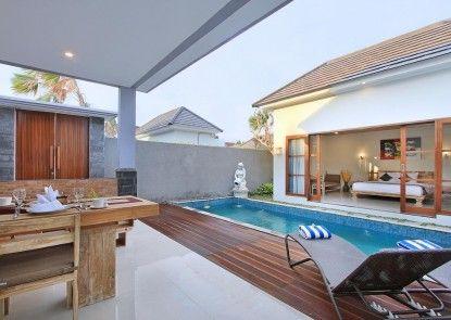 Grand Kesambi Resort and Villa Kolam Renang Pribadi