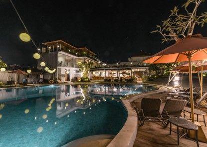 Grand Kesambi Resort and Villa Kolam Renang