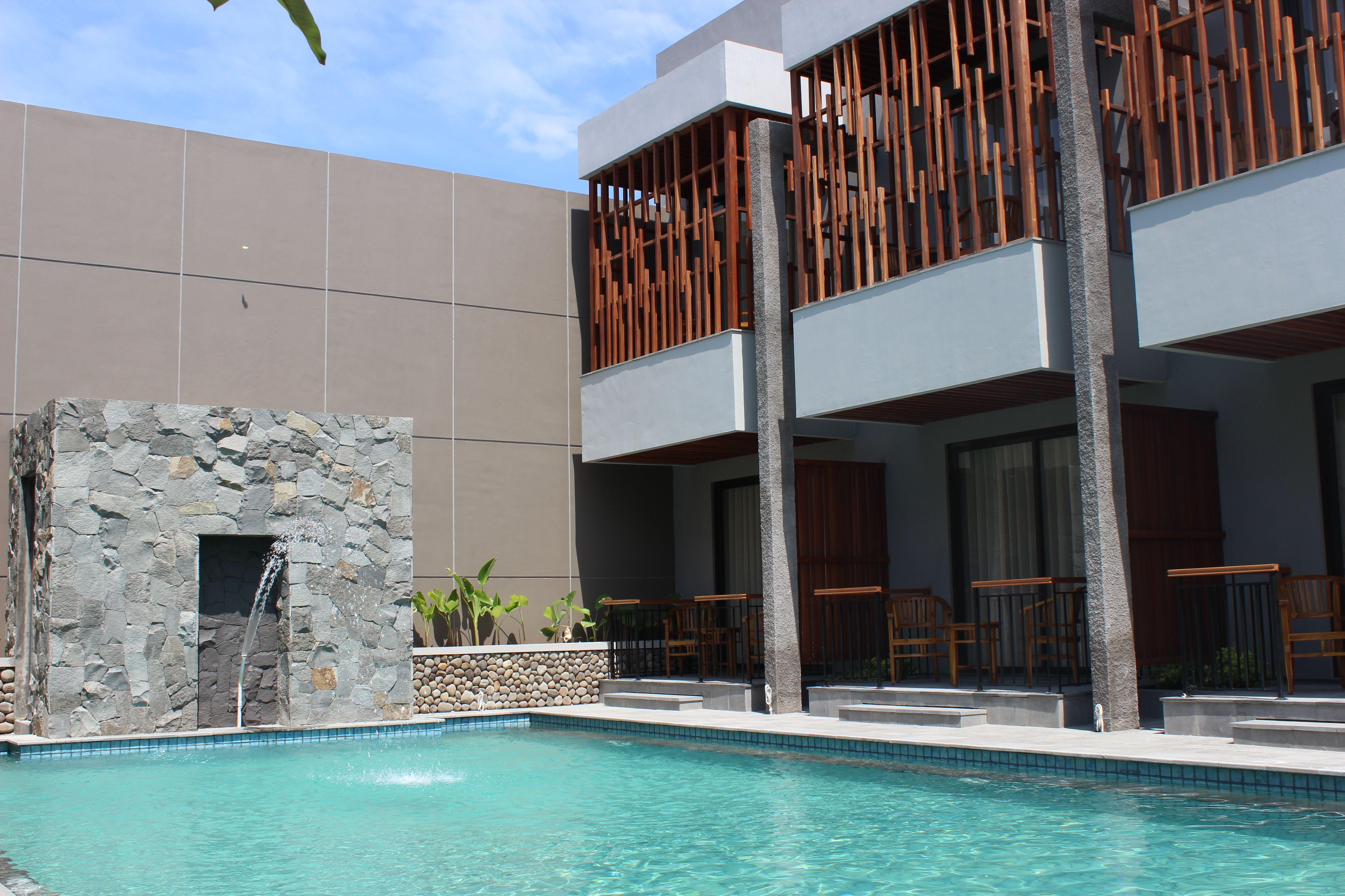 Grand Laguna Hotel & Villa Solo