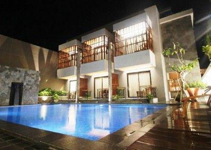 Grand Laguna Hotel & Villa Solo Teras