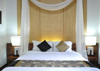 Grand Mega Resort & Spa Cepu Kamar Tamu