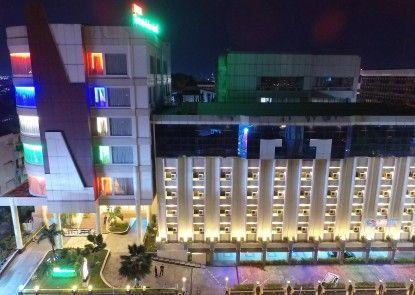 Grand Mentari Hotel Eksterior