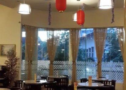 Grand Mentari Hotel Lounge