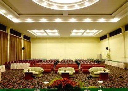 Grand Mutiara Hotel Berastagi