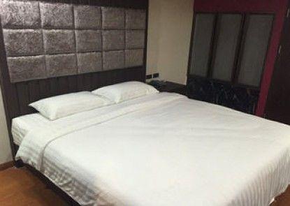 Grand Pink Hotel Hat Yai