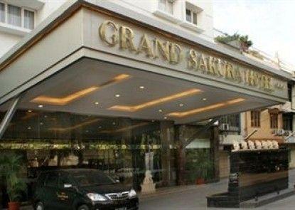 Grand Sakura Hotel Eksterior