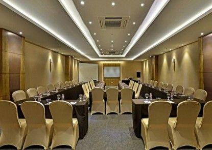 Grand Tjokro Jakarta Ruangan Meeting