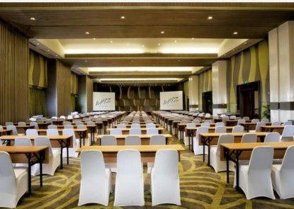 Grand Whiz Hotel Kelapa Gading Ruangan Meeting