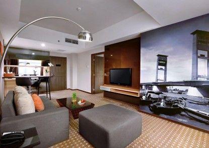 Grand Zuri Hotel Palembang Kamar Tamu