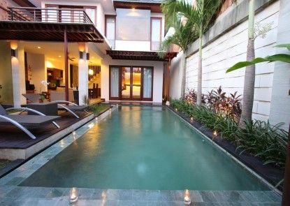 Grania Bali Villas Kolam Renang
