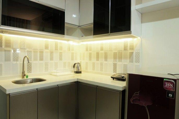 Great Location Brooklyn Alam Sutera Studio Apartment By Travelio, Tangerang