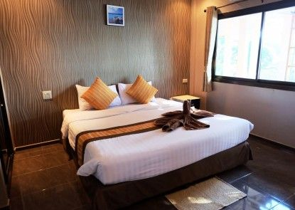 Green Bay Samed Resort