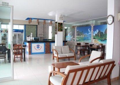 Green Harbor Patong Hotel