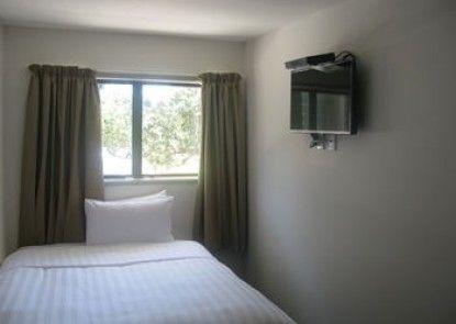 Greenlane Motel