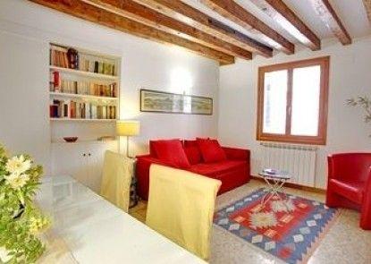Grimaldi Apartments - Castello