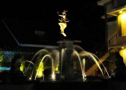 Griya Persada Convention Hotel & Resort Pintu Masuk
