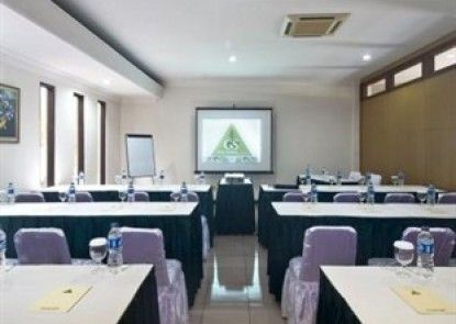 Griya Sentana Hotel Yogyakarta Ruangan Meeting