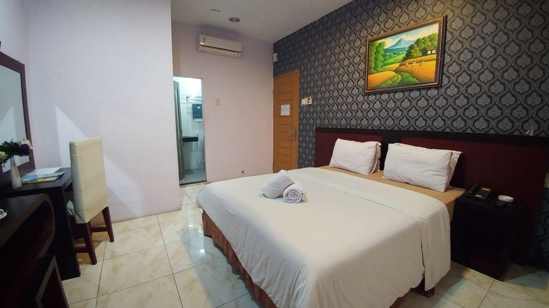 Griya Hotel Medan, Medan
