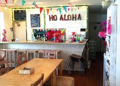 Guesthouse Ho Aloha - Hostel