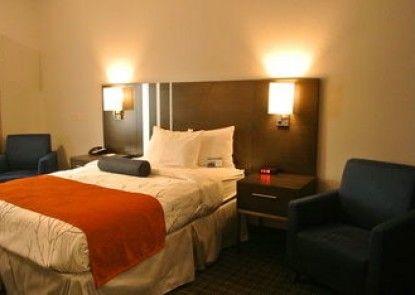 GuestHouse Inn & Suites Lexington
