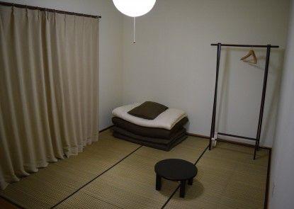Guesthouse TOMAYA - Hostel