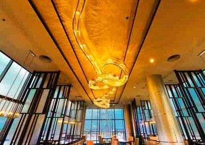 Gumaya Tower Hotel Semarang  Kafe