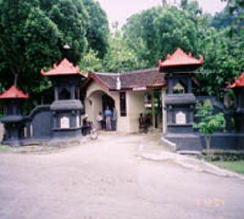 Makam Pangeran Samudro