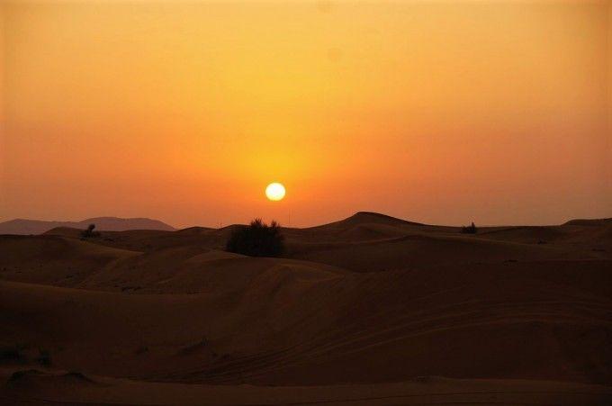 Half-day Evening Desert Safari in Dubai via 4x4 Land Cruiser