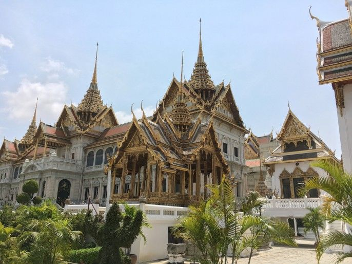 harga tiket Half-day Grand Palace & Temples Tour (Wat Pho & Wat Trimit) Private Tour / AM or PM