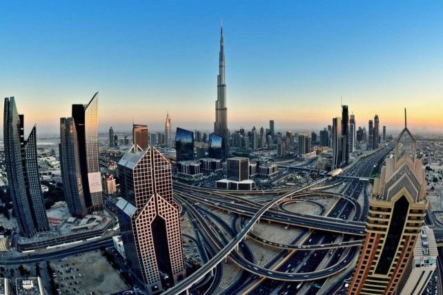 Half-day Modern Tour in Dubai with Transfers