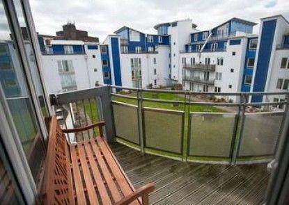 Hamilton Grace Apartments - Plaza