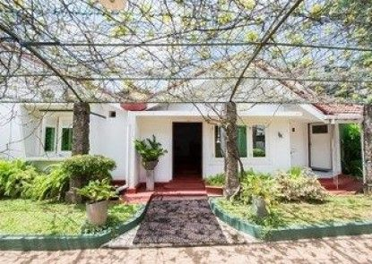 HAMILTON HOUSE NEGOMBO