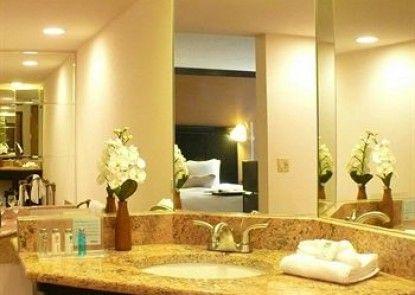 Hampton Inn & Suites Chicago/Hoffman Estates Teras