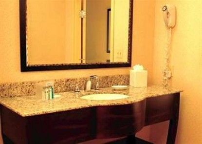 Hampton Inn & Suites Clarksville Teras