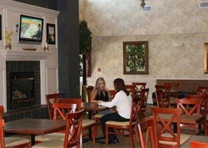 Hampton Inn & Suites Concord/Charlotte Teras